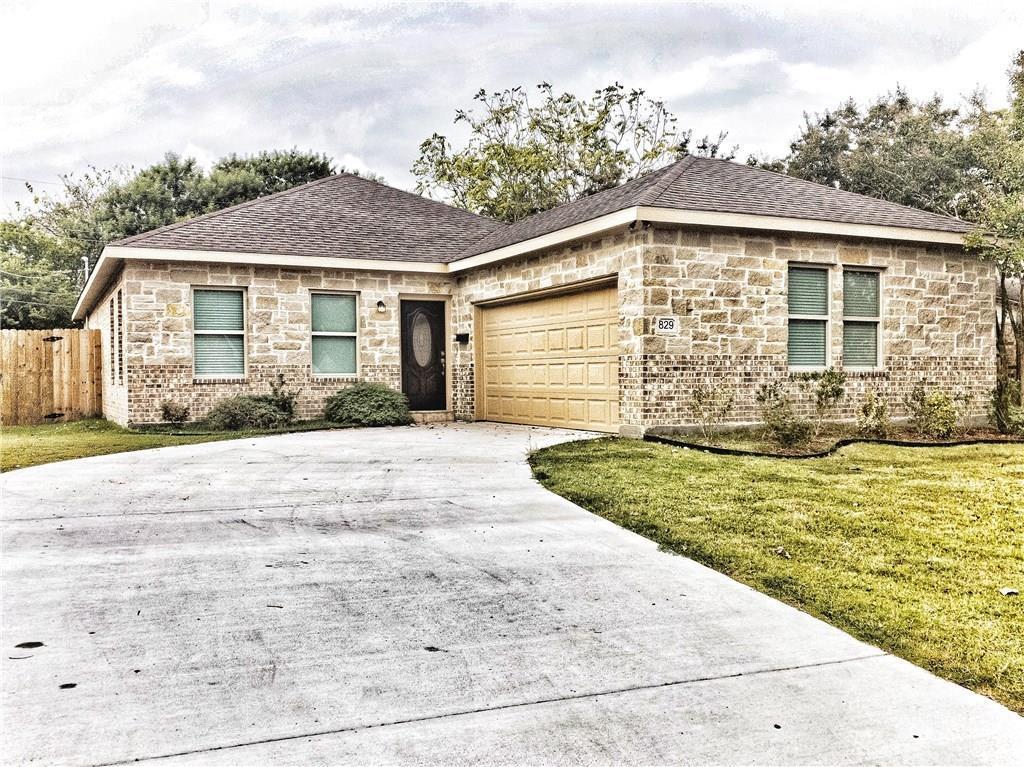 Sold Property | 829 Lexington Drive Lancaster, TX 75134 1