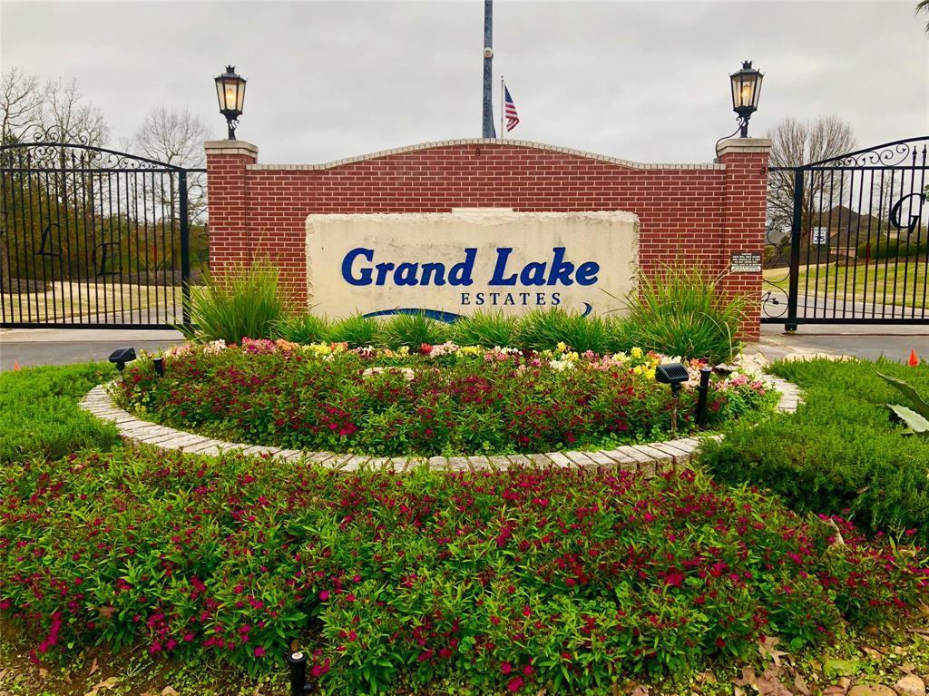 Off Market | 8672 Grand Lake Estates Drive Montgomery, TX 77316 1