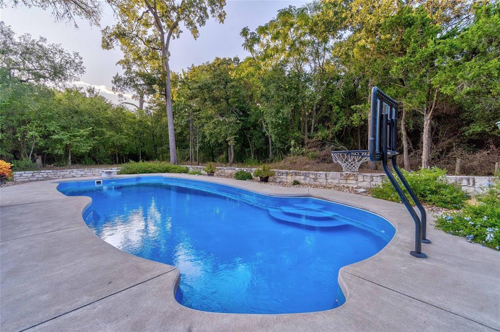 Active   163 Mokuleia Circle Bastrop, Texas 78602 43