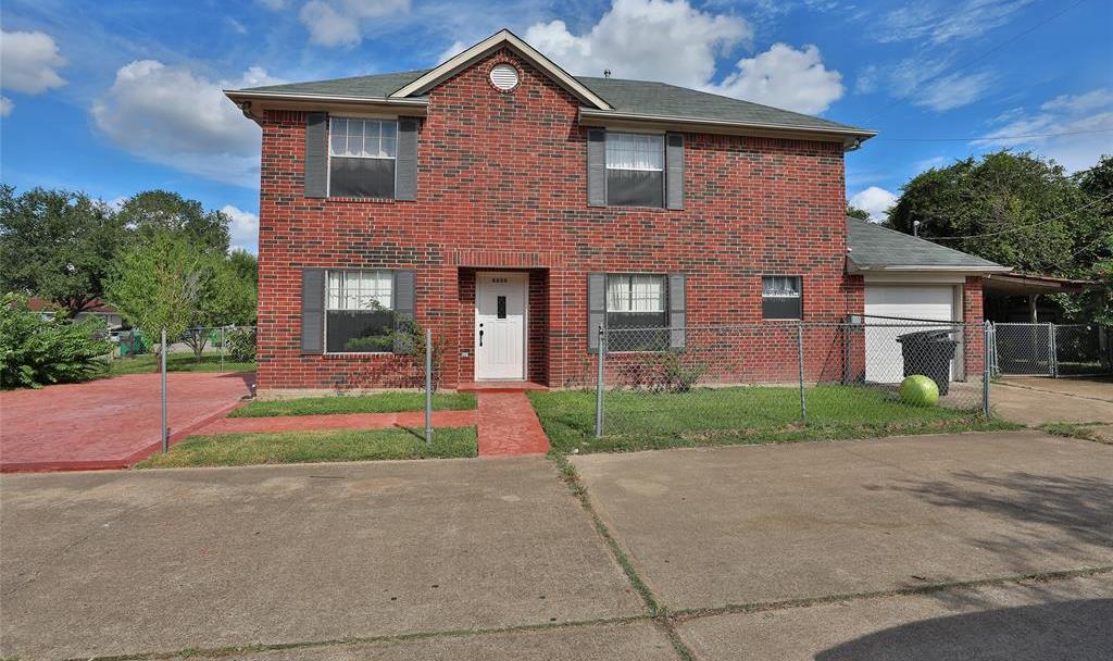 Pending | 8820 Ledge Street Houston, TX 77075 2