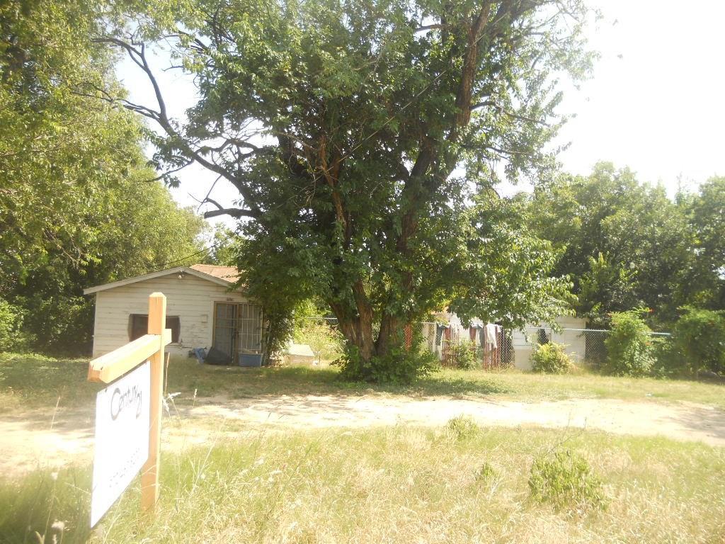 Active | 1914 E Ledbetter Drive Dallas, Texas 75216 2