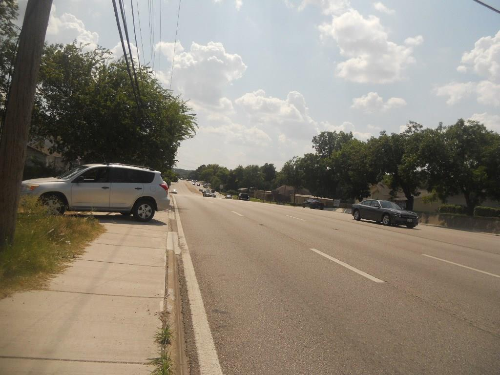 Active | 1914 E Ledbetter Drive Dallas, Texas 75216 3