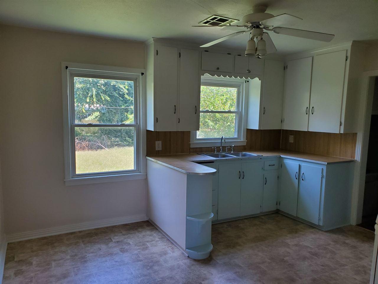 Sold Intraoffice W/MLS | 1016 N Pine Ponca City, OK 74601 5