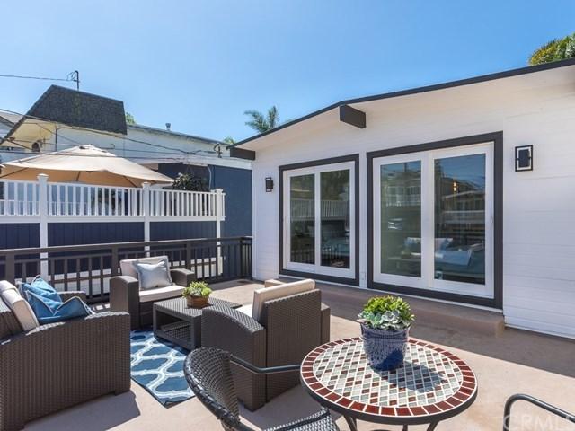 Closed   1723 Steinhart Avenue Redondo Beach, CA 90278 18