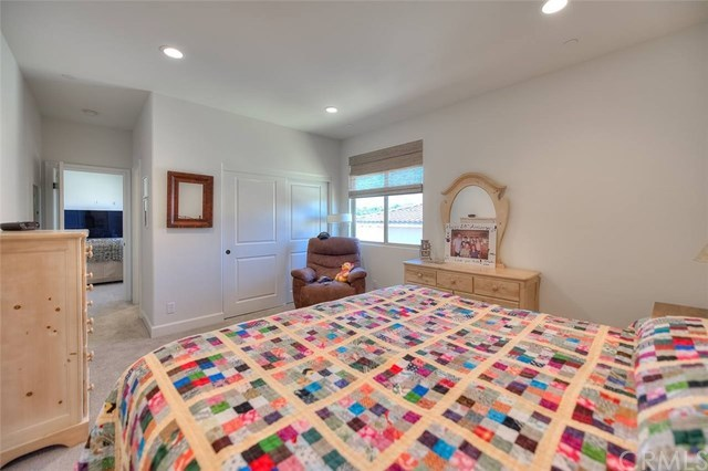 Active | 16409 Viewcrest Road Chino Hills, CA 91709 42