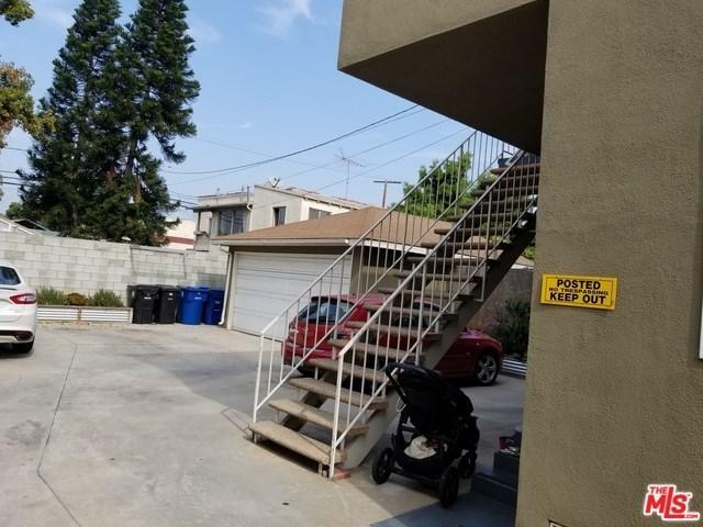 Closed   12811 PACIFIC  Avenue Los Angeles, CA 90066 2