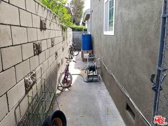 Closed   12811 PACIFIC  Avenue Los Angeles, CA 90066 34