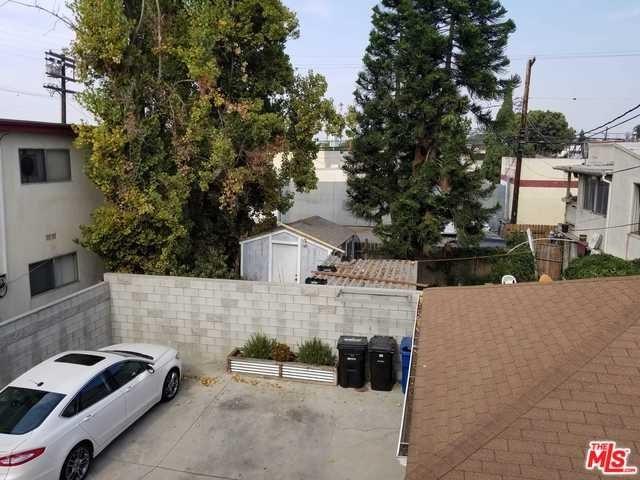 Closed   12811 PACIFIC  Avenue Los Angeles, CA 90066 33