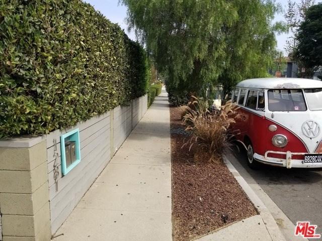 Closed   12811 PACIFIC  Avenue Los Angeles, CA 90066 38