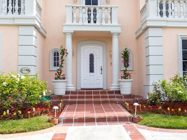 Active | 1744 Paseo Del Mar Palos Verdes Estates, CA 90274 4