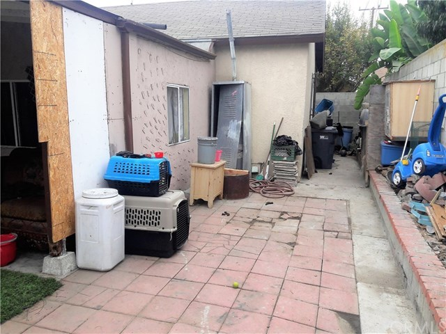 Closed | 836 W Magnolia Street Compton, CA 90220 17