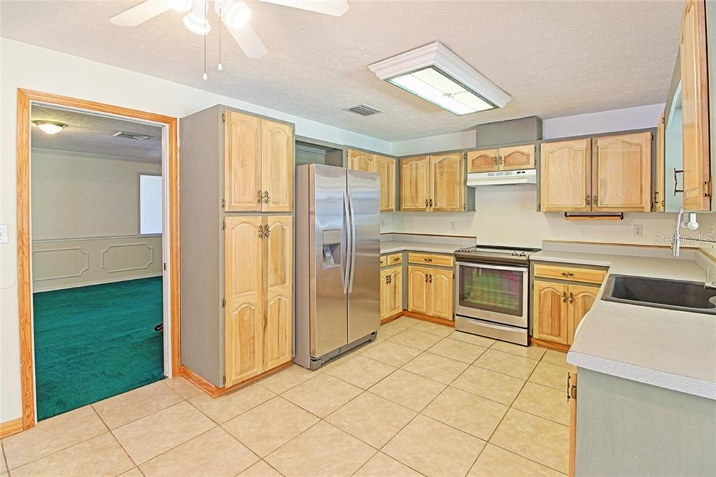 Sold Property | 1903 CAPRI ROAD VALRICO, FL 33594 19