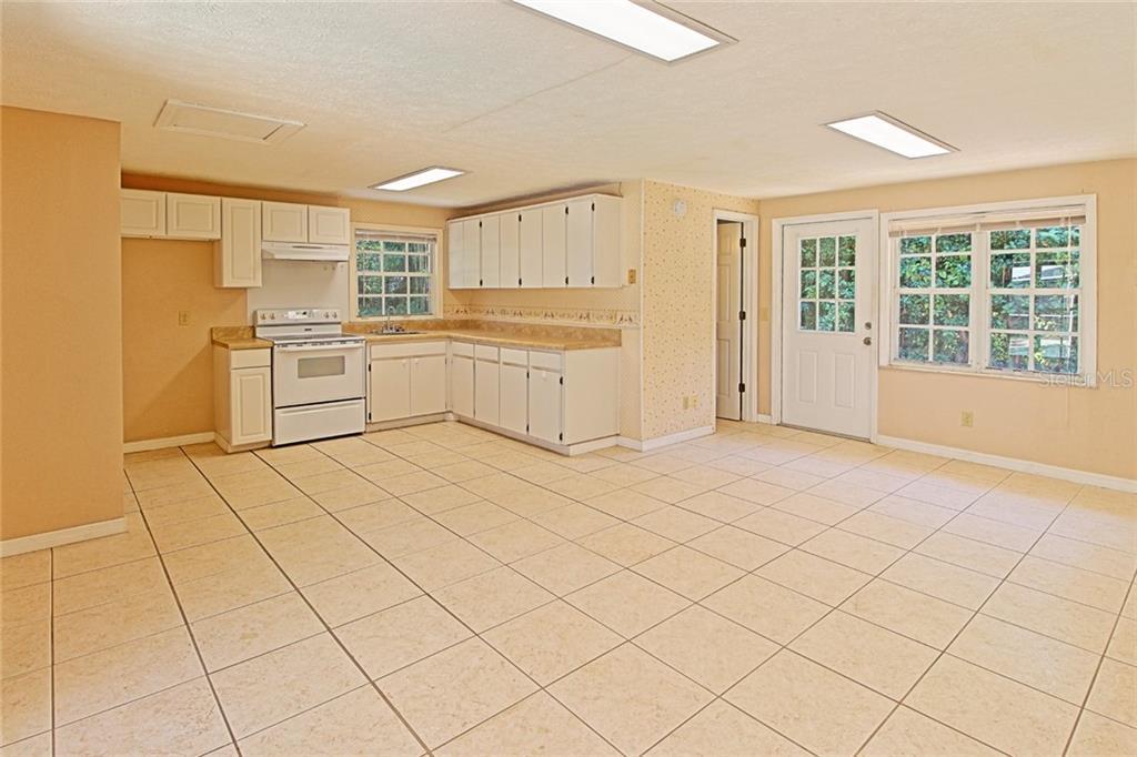 Sold Property | 1903 CAPRI ROAD VALRICO, FL 33594 20