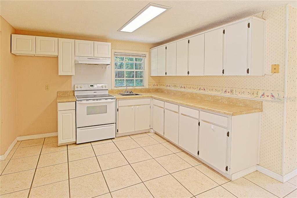 Sold Property | 1903 CAPRI ROAD VALRICO, FL 33594 21