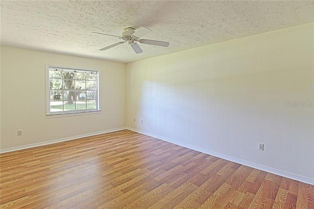 Sold Property | 1903 CAPRI ROAD VALRICO, FL 33594 28