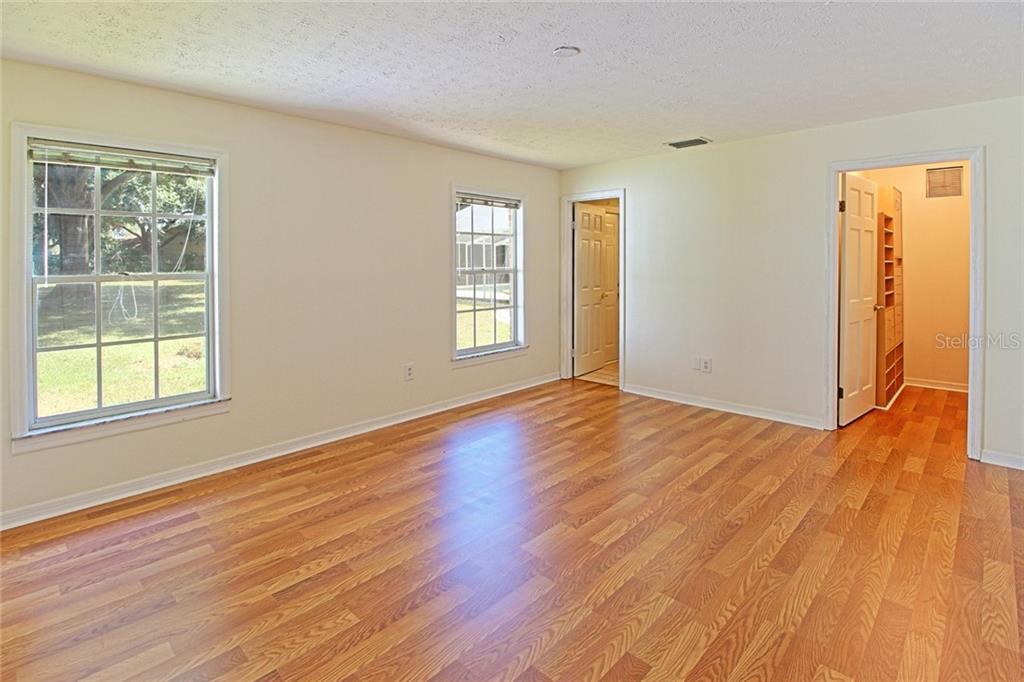 Sold Property | 1903 CAPRI ROAD VALRICO, FL 33594 32