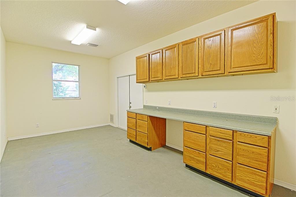 Sold Property | 1903 CAPRI ROAD VALRICO, FL 33594 39