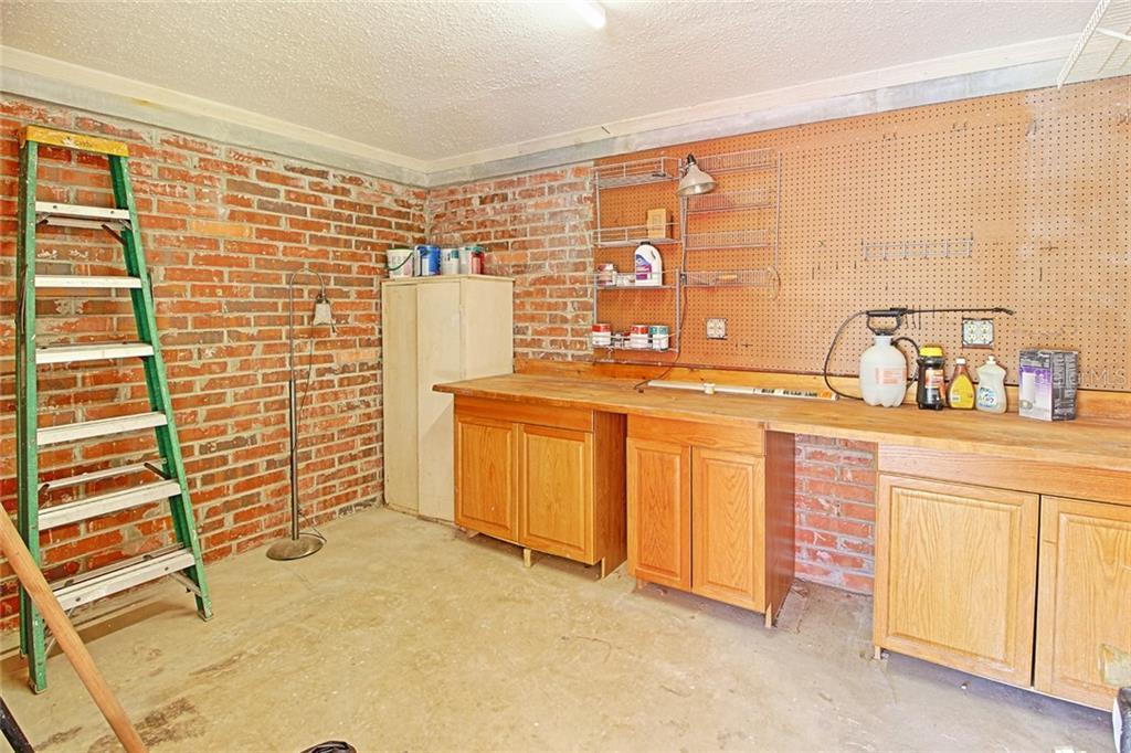 Sold Property | 1903 CAPRI ROAD VALRICO, FL 33594 40