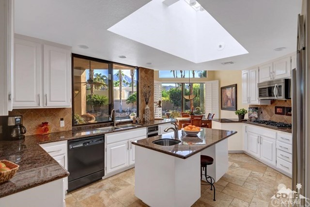 Closed | 75621 Painted Desert Drive Indian Wells, CA 92210 5