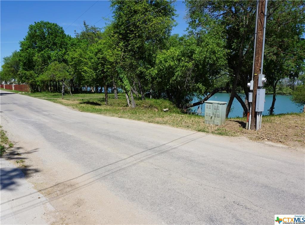 Active | 461 Brandenburg Lane New Braunfels, TX 78130 25