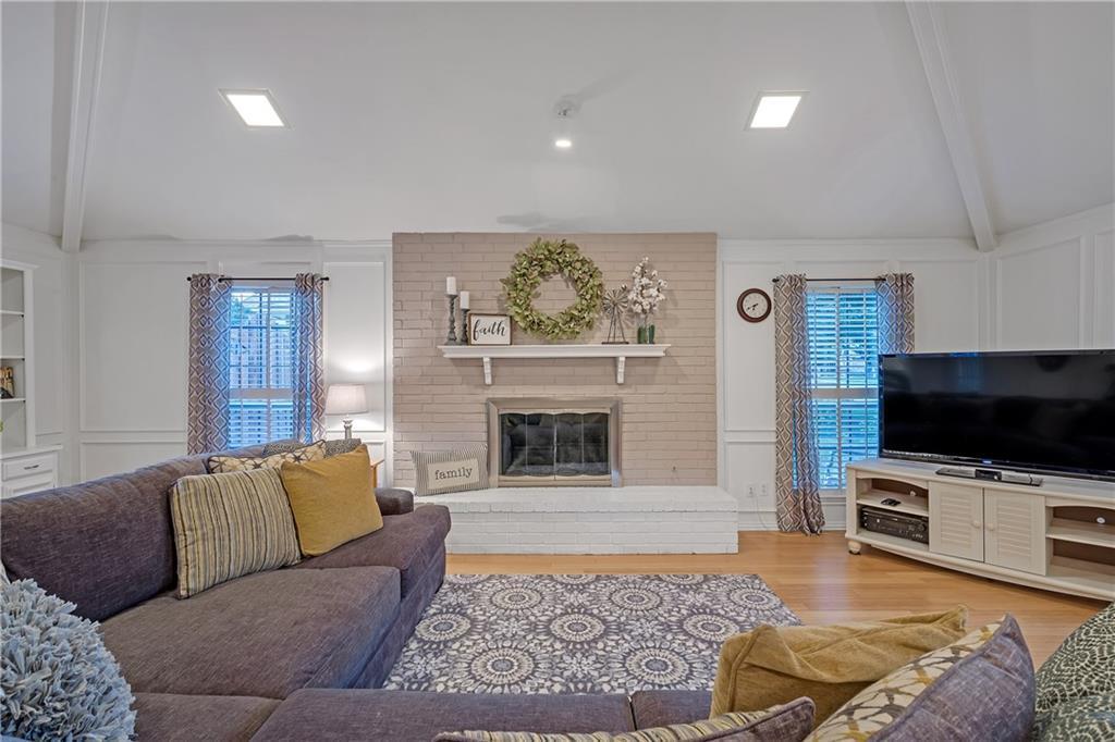 Sold Property | 1424 Chatsworth Lane Plano, TX 75075 2