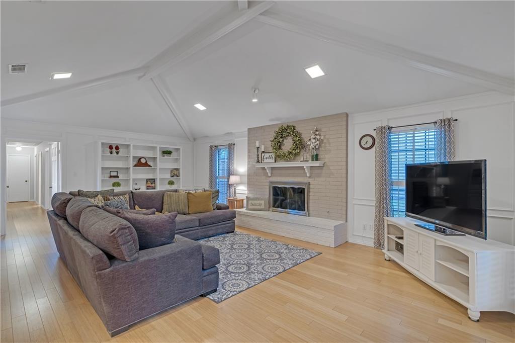 Sold Property | 1424 Chatsworth Lane Plano, TX 75075 4