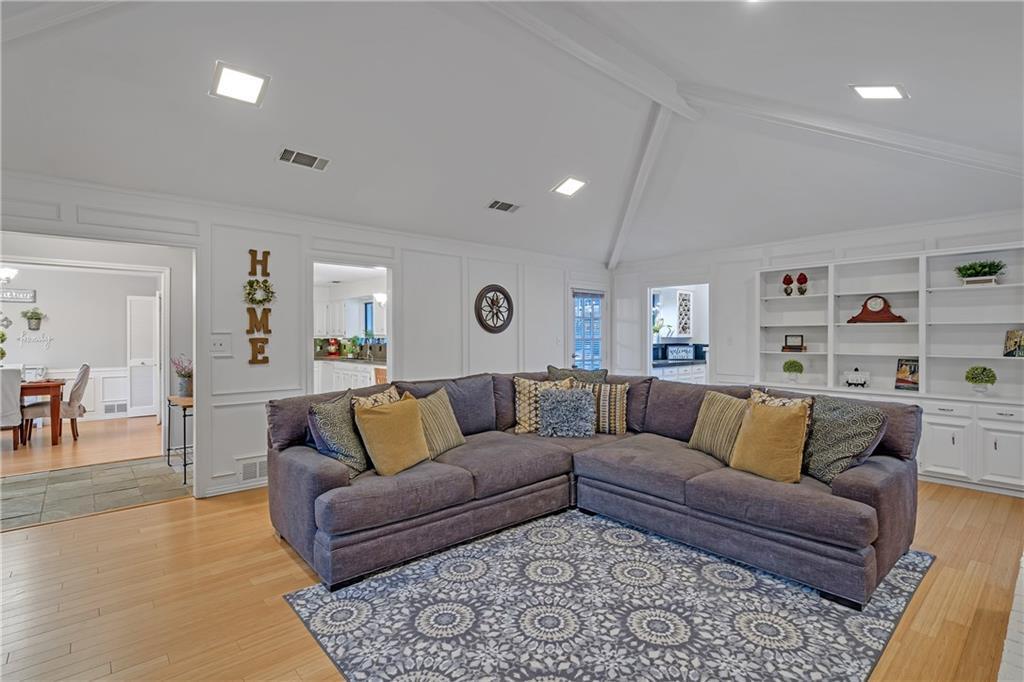 Sold Property | 1424 Chatsworth Lane Plano, TX 75075 5