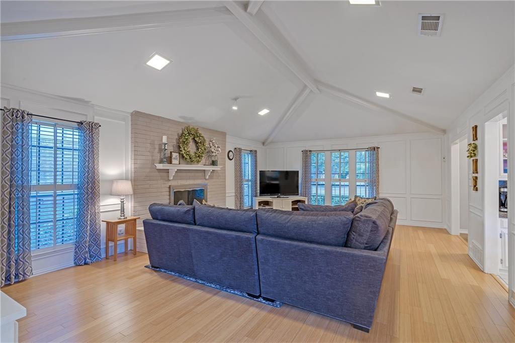 Sold Property | 1424 Chatsworth Lane Plano, TX 75075 6