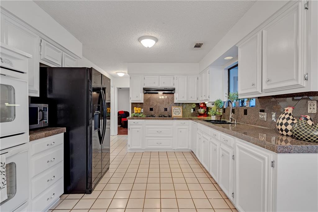 Sold Property | 1424 Chatsworth Lane Plano, TX 75075 8