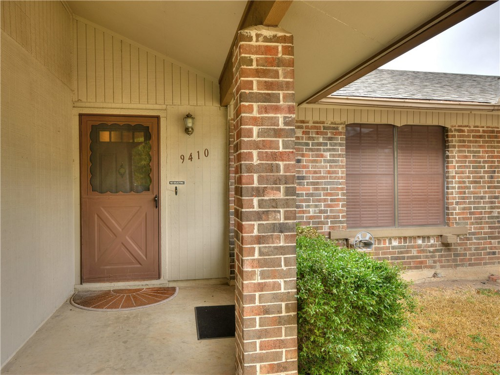 Sold Property | 9410 Meadow Vale  Austin, TX 78758 2