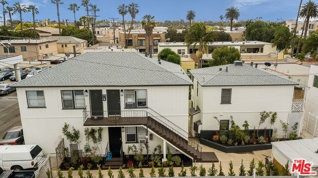 Active | 1417 17TH  Street Santa Monica, CA 90404 3