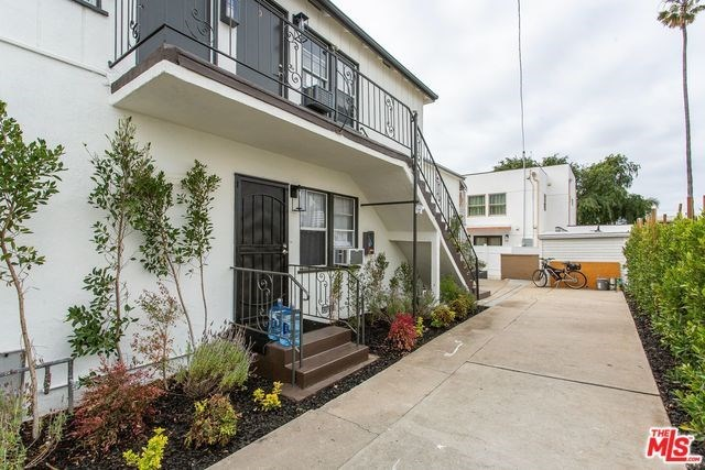 Active | 1417 17TH  Street Santa Monica, CA 90404 20