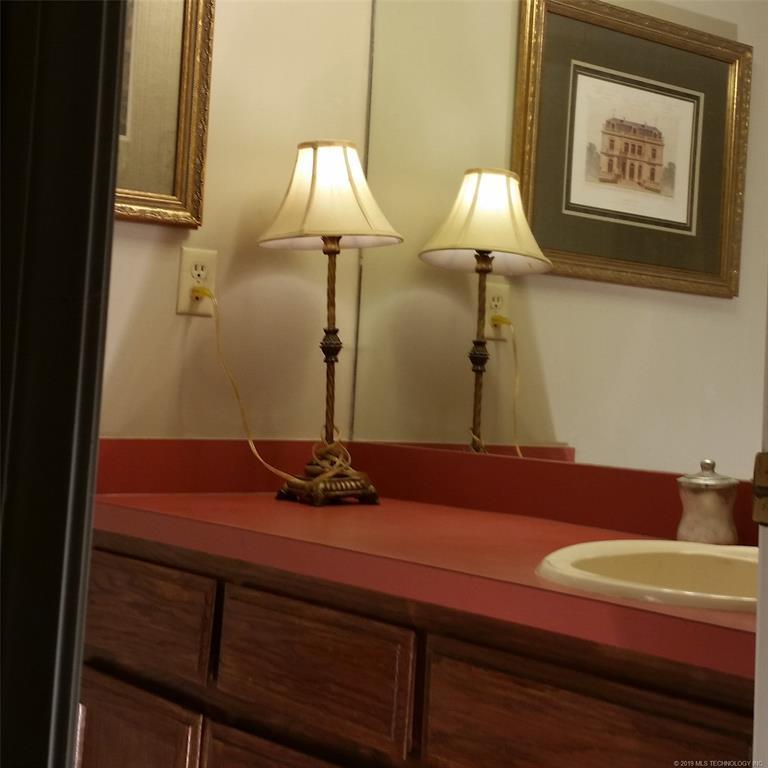 Sold Property | 705 Villa Vista Drive Pryor, OK 74361 28