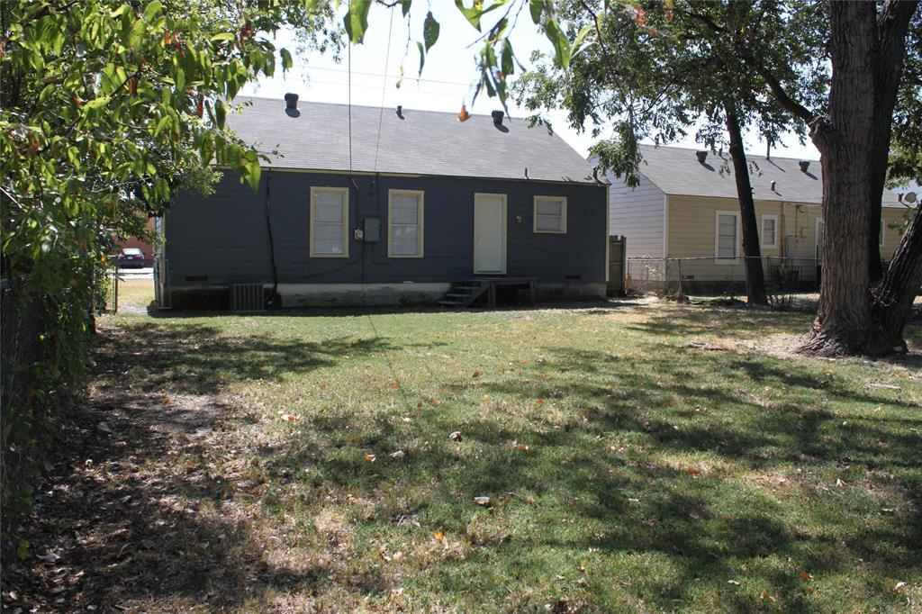 Sold Property | 1626 Small Street Grand Prairie, TX 75050 5