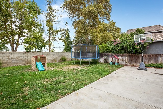 Closed | 15050 Astor Lane Fontana, CA 92337 21
