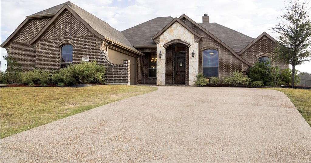 Sold Property | 10928 Owl Creek Drive Fort Worth, Texas 76179 4