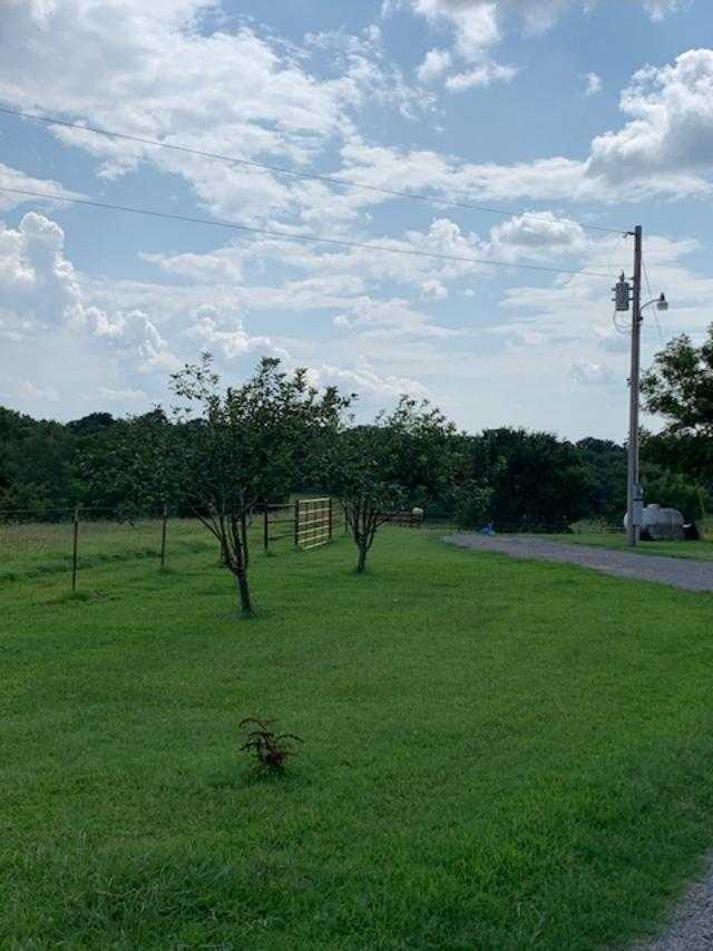Country home acreage, house horses, small ranch pond, stock,  | 1884 Double Springs Rd Stuart, OK 74570 33