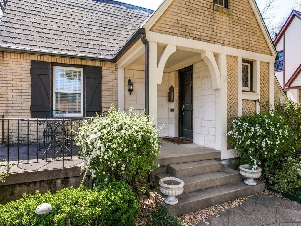 Sold Property | 6418 Westlake Avenue Dallas, Texas 75214 2