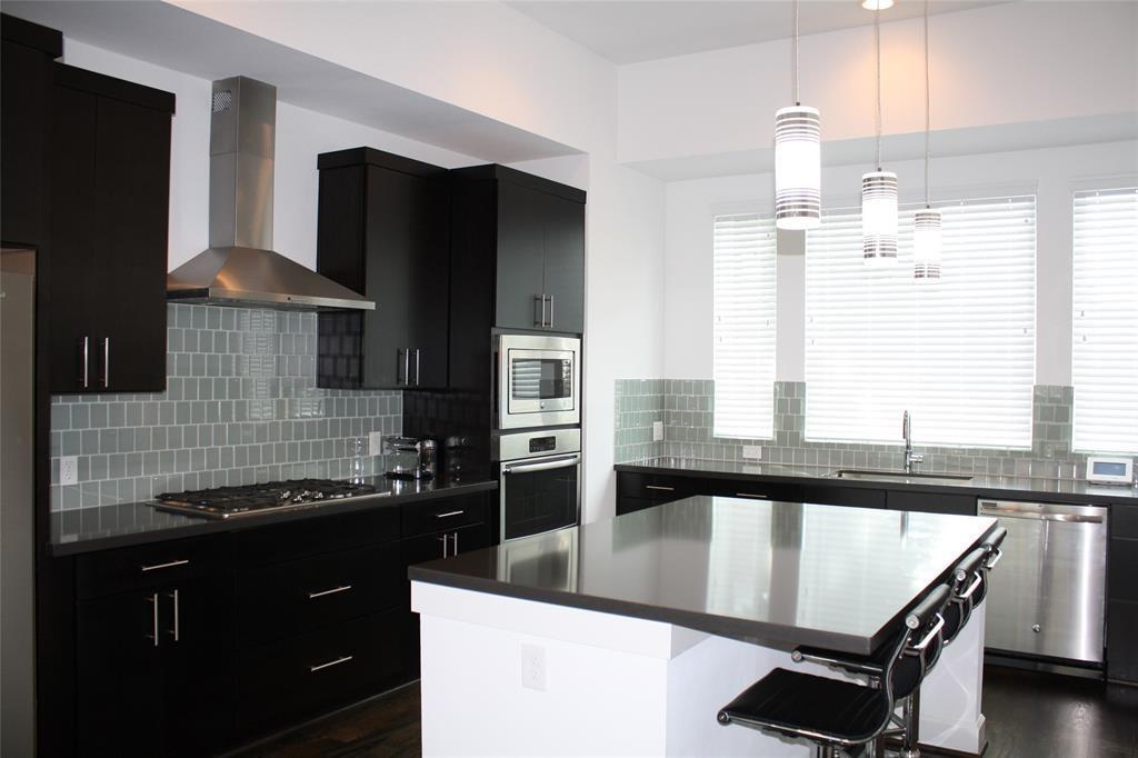 Property for Rent | 4605 La Branch Street Houston, TX 77004 2