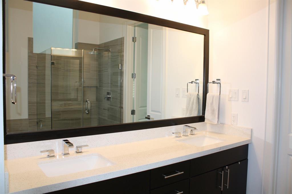 Property for Rent | 4605 La Branch Street Houston, TX 77004 8