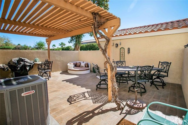 Closed | 426 Tava Lane Palm Desert, CA 92211 18