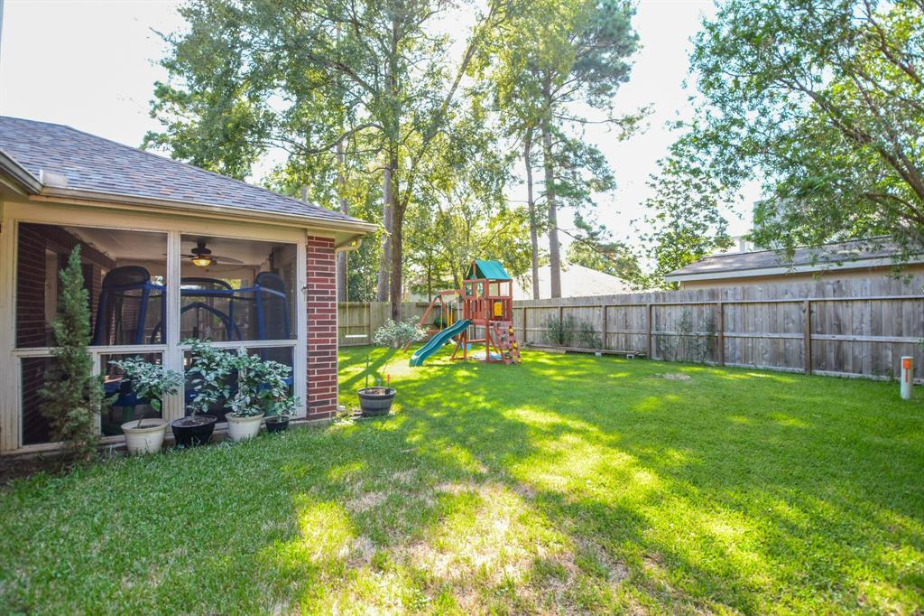 HOMES FOR SALE IN SPRING, TEXAS, LONDONDERRY , ONE STORY  | 25111 Shalford Drive Spring, TX 77389 29