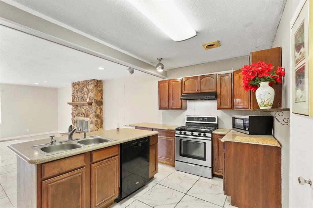 DFW Real Estate | For Sale Garland | 812 Melrose Street Garland, TX 75040 15