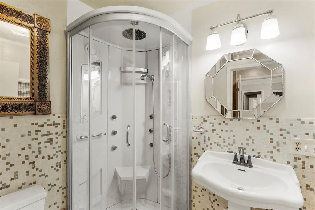 DFW Real Estate | For Sale Garland | 812 Melrose Street Garland, TX 75040 26