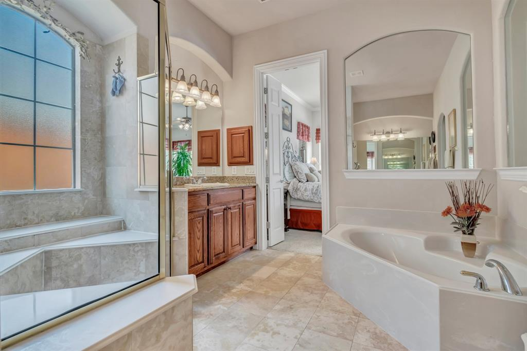 Homes for Sale in Murphy, Large homes with a pool | 524 Carrington Lane Murphy, Texas 75094 29