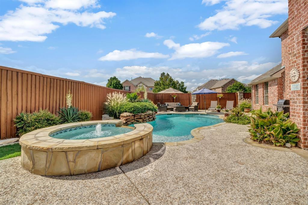 Homes for Sale in Murphy, Large homes with a pool | 524 Carrington Lane Murphy, Texas 75094 36