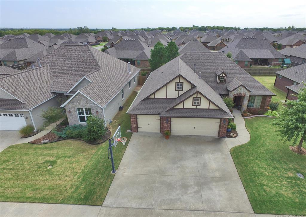 Off Market | 7504 E 84th Street North Owasso, OK 74055 3