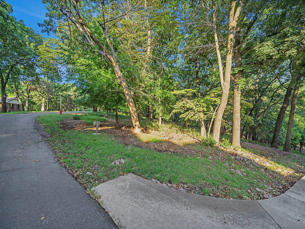 Off Market |  S Lot 42 Block 1 Coves  Afton, OK 74331 11