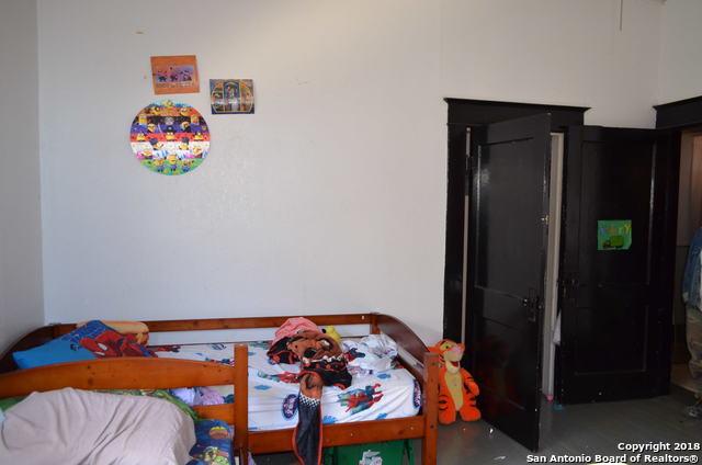 Active | 402 W ELMIRA ST  San Antonio, TX 78212 15