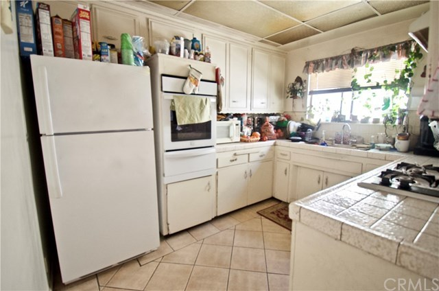 Duplex Investment in Baldwin Park | 12761 Valens Street Baldwin Park, CA 91706 14